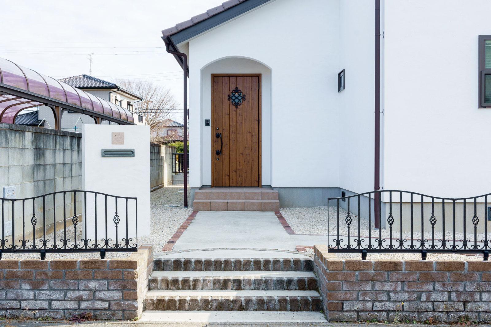 自然素材の家はおしゃれで機能的!漆喰に囲まれた住まい